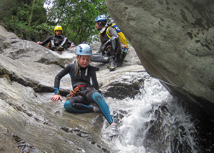 vacanze estate guide canyoning torrentismo sul torrente Chalamy